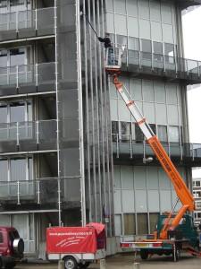 Hoekstra BV Schoonmaak- en bedrijfsdiensten